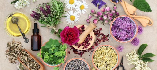 Přírodní esenciální oleje a aromadifuzéry
